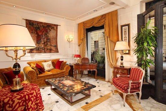 Condotti Hotel: Hotel Condotti Lobby