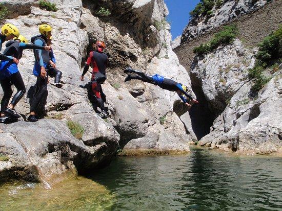 Caudies de Fenouilledes, Francia: Galamus premier saut, plongeoir du bas 2 mètres