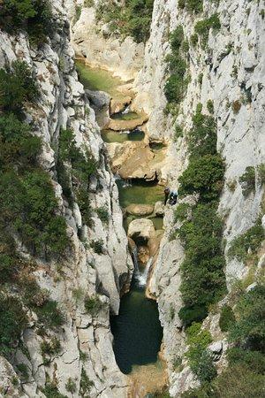 Caudies de Fenouilledes, Francia: Galamus : vue depuis la marche d'approche