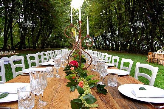 Piombino Dese, Italy: Banchetto di matrimonio nel parco