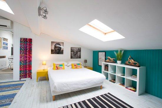 Une Chambre Chez Dupont (Bordeaux, France) - Guesthouse Reviews ...