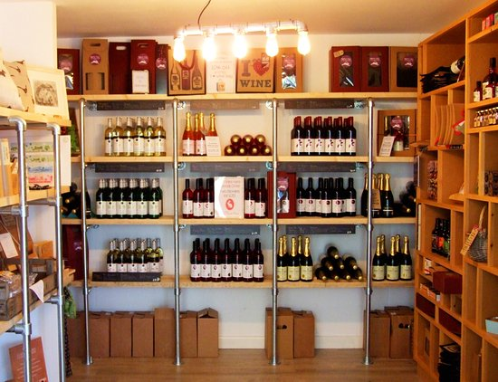 Church Stoke, UK: Cellar door shop selling wine and gifts