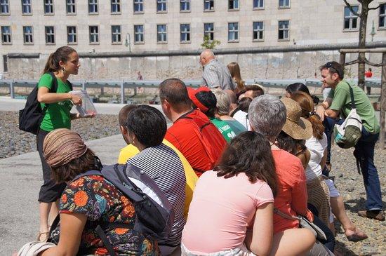 Cultourberlin: Visitas guiadas por Berlín. Te mostramos la ciudad desde una perspectiva amena e interesante.