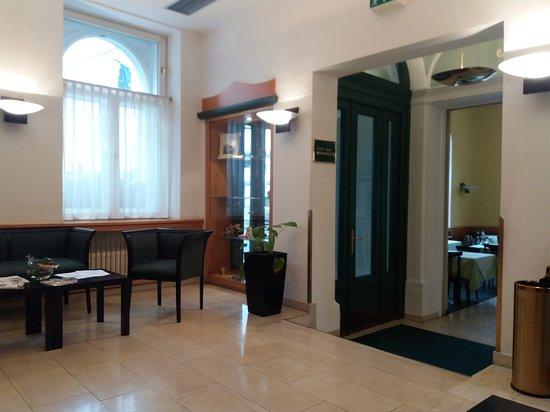Park inn hotel prague czech republic reviews photos for Royal boutique residence prague tripadvisor
