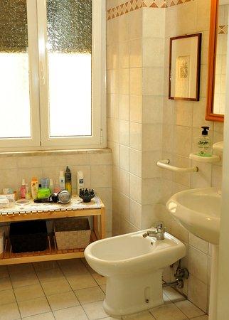 Bed & Breakfast Orti di Trastevere: Bagno privato