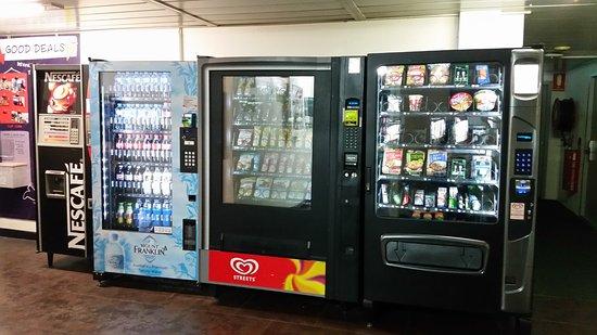 Ibis budget Wentworthville: Strange assortment of vending machine items