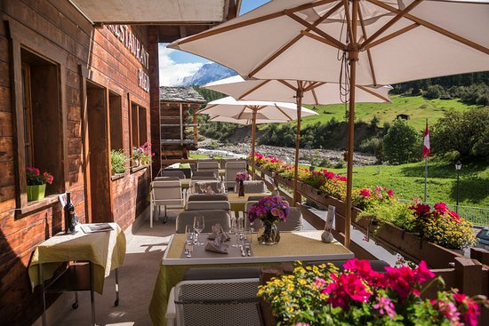 Hotel Nest - und Bietschhorn: Sonnenterrasse
