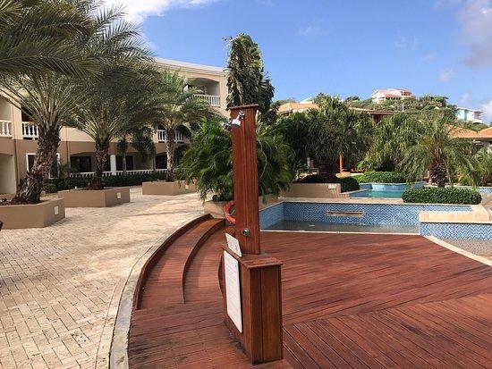 Mooi zwembad mooi terras picture of acoya curacao resort villas spa willemstad - Terras teak zwembad ...