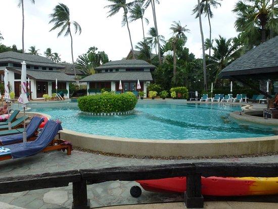 Chaba Cabana Beach Resort: Xwembad