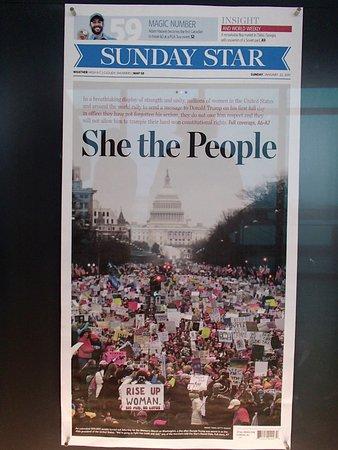 Newseum: Canadian newspaper from inaugural weekend