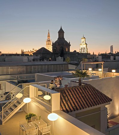 Photo of Hotel Hotel Rey Alfonso X at Calle Ximenez De Enciso 35, Seville 41004, Spain