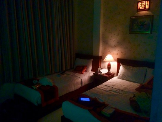 Ngoc Linh Hotel: Cosy, comfortable, quiet room in the heart of Pham Ngu Lao