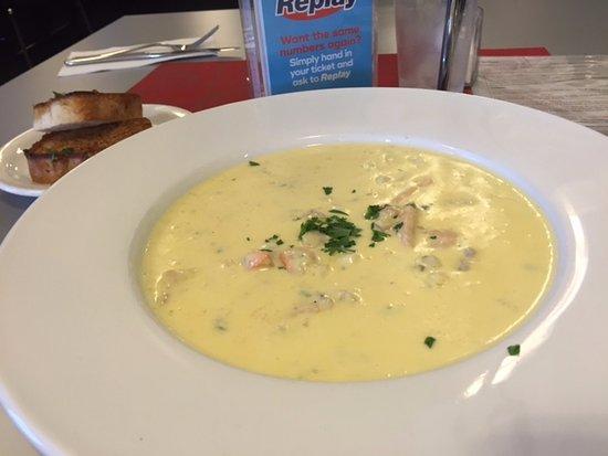 Moonah, ออสเตรเลีย: Seafood Chowder