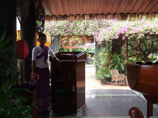 Bopha Angkor Restaurant: bonita