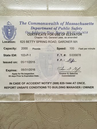 Gardner, MA : Certificate for the use of elevator has expired 05/31/2015
