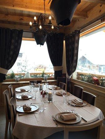 L 39 ensoleill e la chapelle d 39 abondance restaurant avis num ro de t l phone photos tripadvisor - Restaurant porte de la chapelle ...
