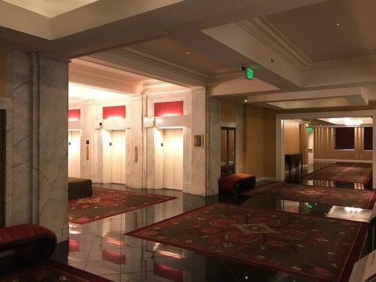 Kimpton Hotel Monaco Baltimore Inner Harbor: photo1.jpg