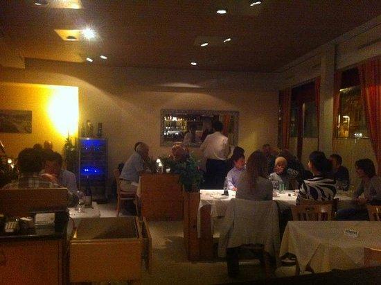 Zollikofen, Zwitserland: Restaurante Arcobaleno