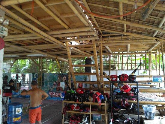 Legacy Gym Boracay: IMG_08012017_111957_large.jpg