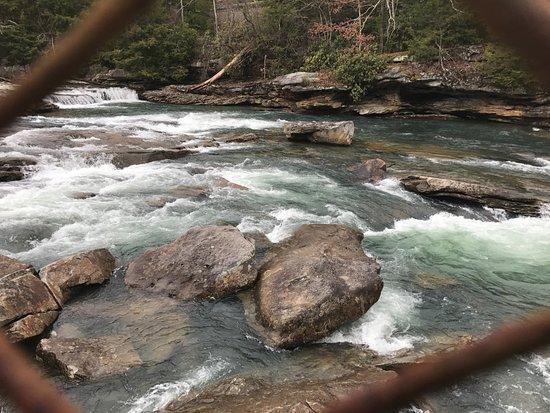 Buckhannon, Virginia Occidental: up close rapids