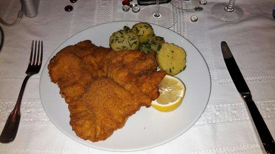 Sulz im Wienerwald, ออสเตรีย: Kalbsschnitzel