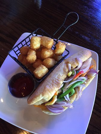 O'Faolain's Irish Pub: Steak & Cheese