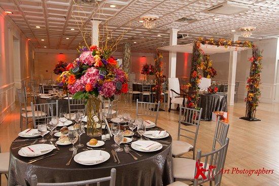 Long Beach, NY: Ballroom