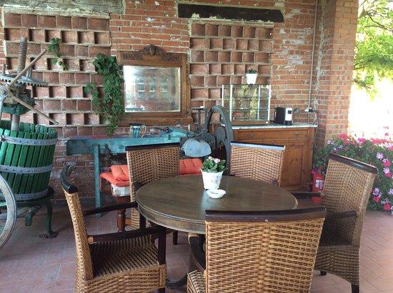 Larciano, Italy: veranda