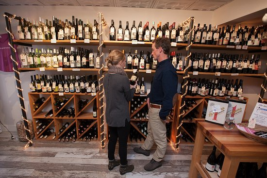 Cork Wine Bar & Market: Like what was in your glass at the bar? Take a bottle home!