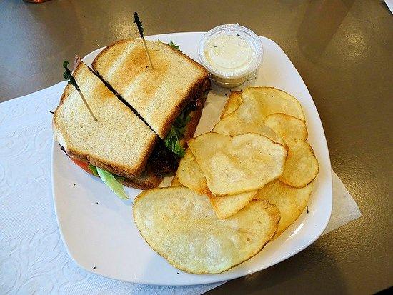 Emma's of Salisbury : BLT sandwich
