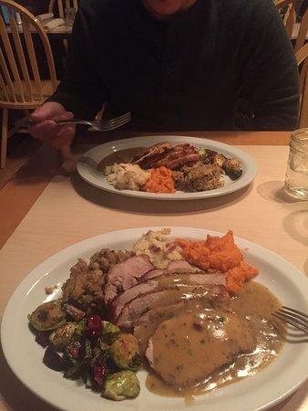 Coal Creek Grill : Thanksgiving dinner