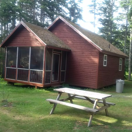 Stanhope, Canadá: Outdoor view of cabin #2