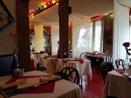 Savelli S Italian Restaurant 20170106 112136 Large Jpg