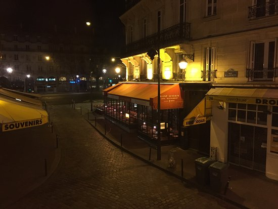 Hotel Albe Saint Michel: View from window room 103