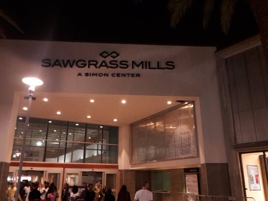 Sawgrass Mills: desde una de las galerias descubiertas