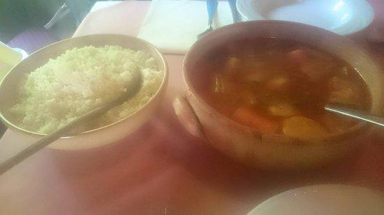 บอนเซลเลส, เบลเยียม: couscous et à volonté