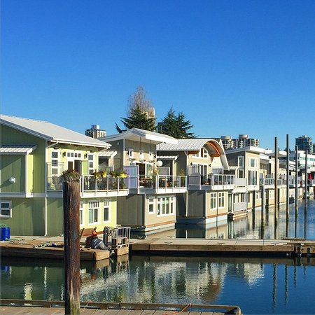 North Vancouver, Canadá: Float homes at the Creek Marina
