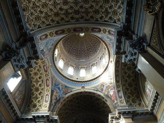 Chiesa di San Carlo ai Catinari (SS. Biagio e Carlo ai Catinari)