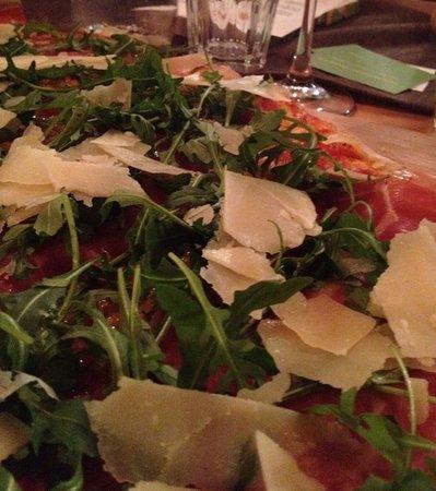 Miesbach, Niemcy: Pizza Crudo