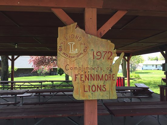 Fennimore, WI: covered picnic area