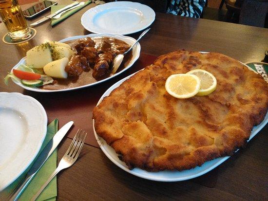 Schnitzel xxl photo de restaurant louis berlin for Cuisine xxl allemagne