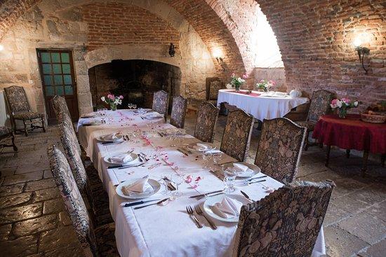 Salle à Manger Du Chateau De Goudourville Entre Toulouse Et Agen
