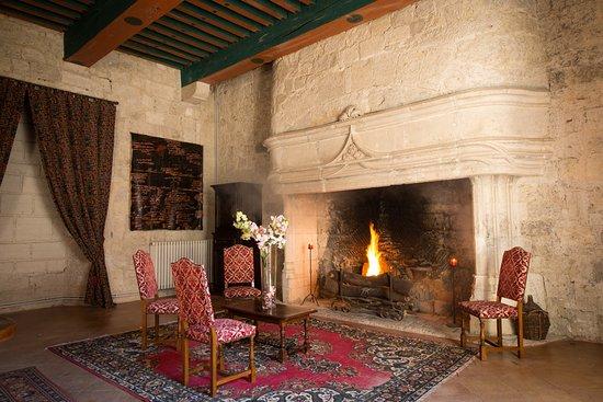 Un Beau Feu De Cheminee Au Chateau De Goudourville Picture Of