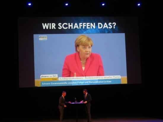 Theater aan het Vrijthof: Wir schaffen das!
