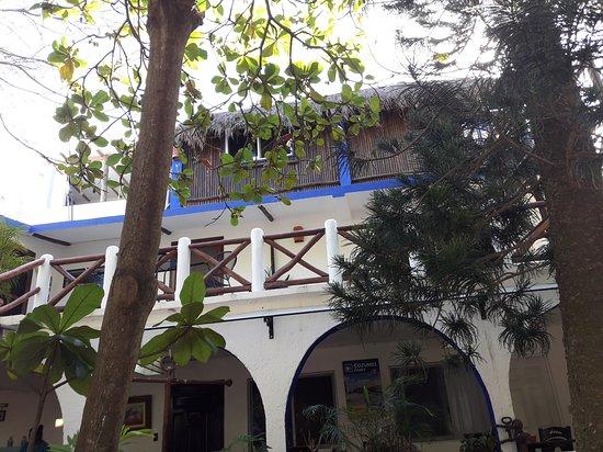 Amar Inn Hotel: Desde el jardin