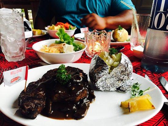 Alberto's Restaurant: photo0.jpg