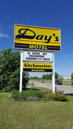 Wainwright, Canada: Day's Motel Sign