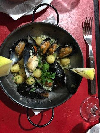 San Fernando, อาร์เจนตินา: Excelente comida para disfrutar cuando ya estés harto de la carne. Comida como hecha en casa y s