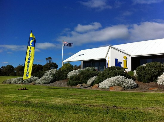Penneshaw, ออสเตรเลีย: Kangaroo Island's only Accredited Visitor Information Centre