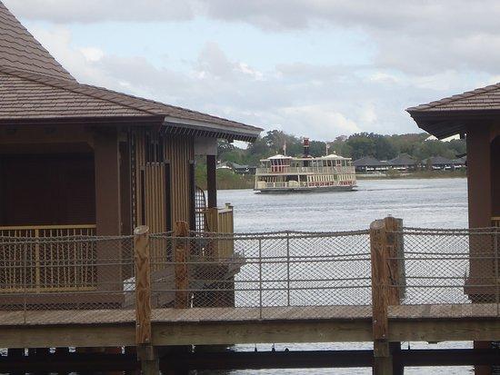 Disney's Polynesian Village Resort: Bungalows